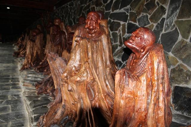 中国根雕博物馆五百罗汉
