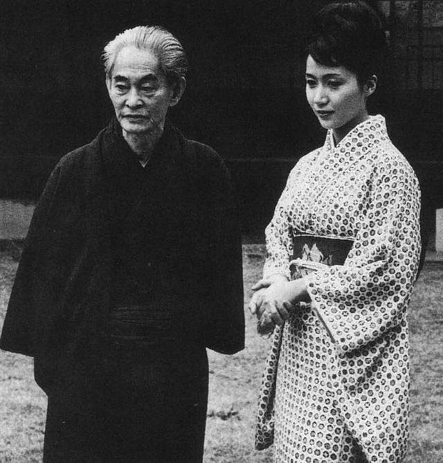 美女初女模被破流血图片日本百年来最漂亮的十名女美女高清美女图片