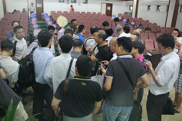 张海峰与现场观众交流