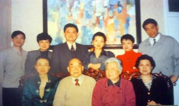 谷景生的五个子女今何在图片