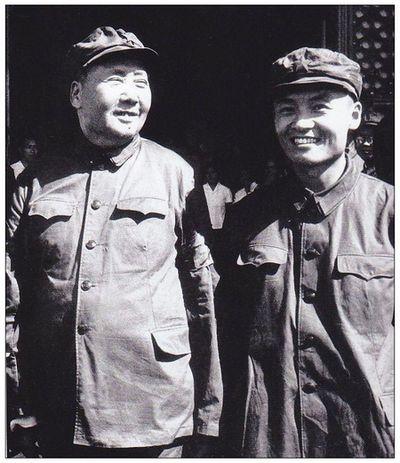 华国锋的另一大功是阻止毛远新篡权